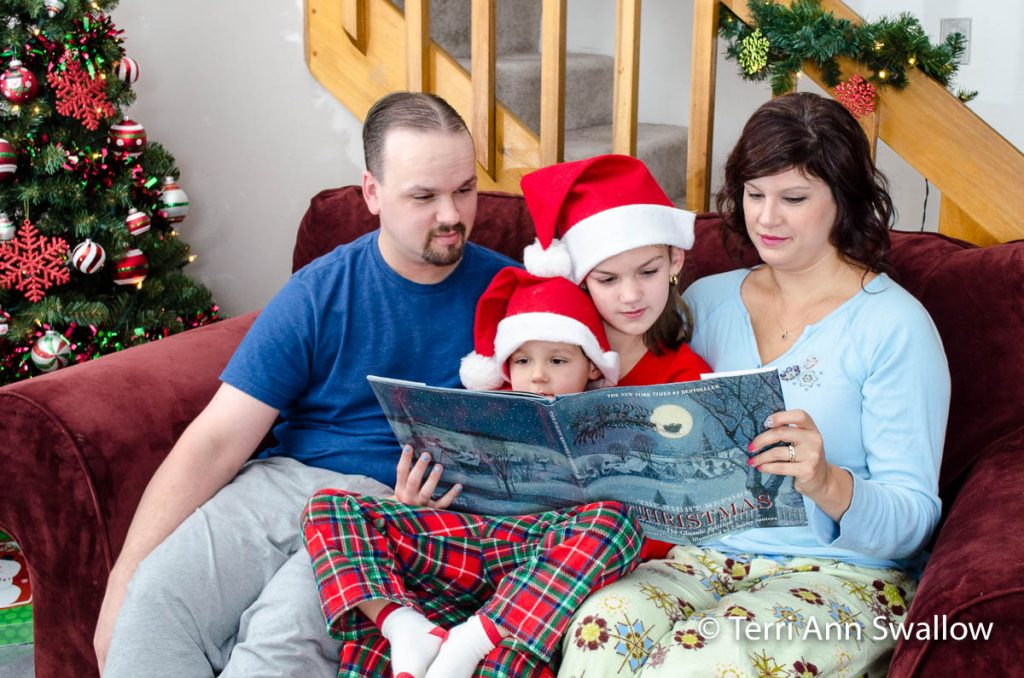 Christmas Photo - Reading Together